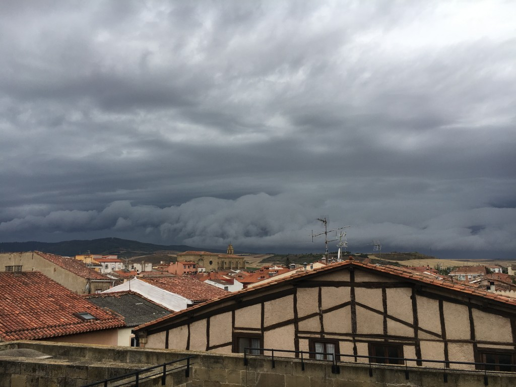 Rain threatens from the roof of the cathedral at Santo Domingo de Calzada. Time to move on.