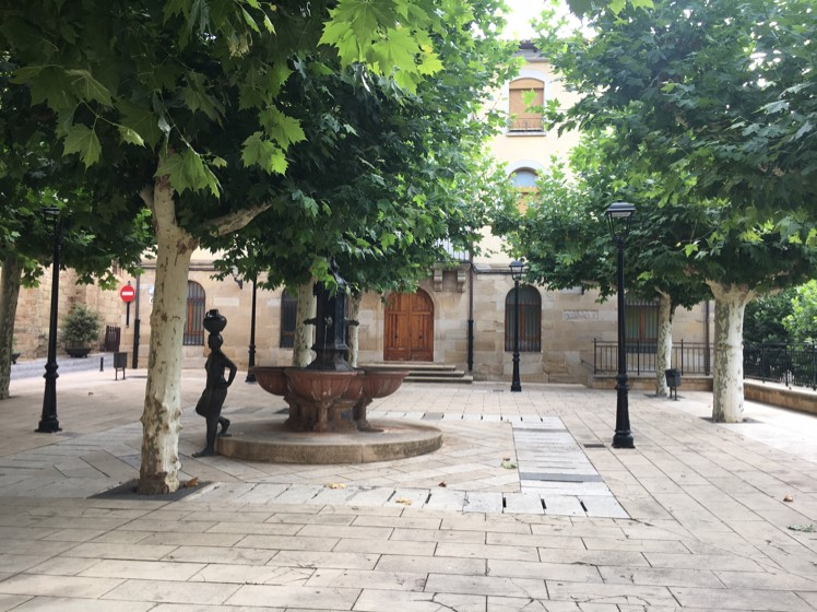 The beautiful plaza with welcome shade in Navarette, a small and well set up town with great tapas
