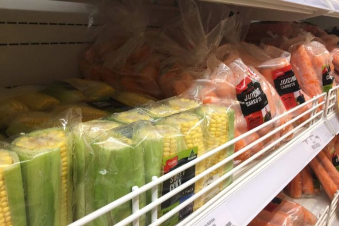 Plastic packaged vegetables is spurring a consumer backlash. (ABC News: Amanda Hoh)