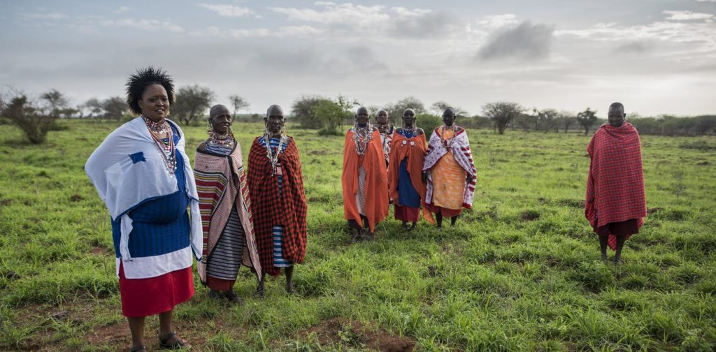 Maasai women on a conservation project in Kenya. Joan de la Malla, Author provided