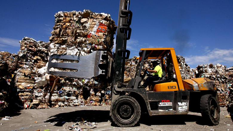 The government will seek to procure more recycled materials to resolve a nationwide crisis. Photo: Ben Rushton