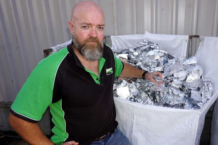 Photo: In just eight months, Gerrard McClafferty has collected one tonne of foil from six hairdressers. (ABC Newcastle: Ben Millington)
